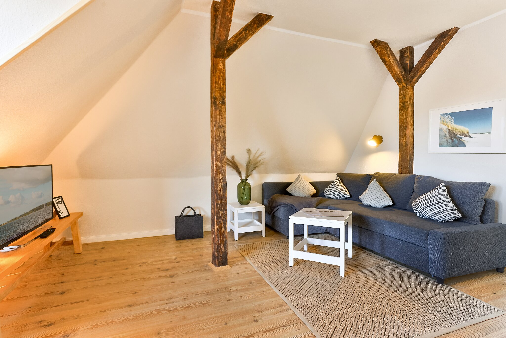 Schlafzimmer mit Blick Wohnbereich