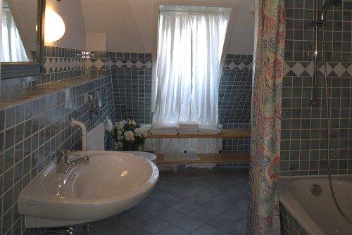 Das Bad im Schwalbennest