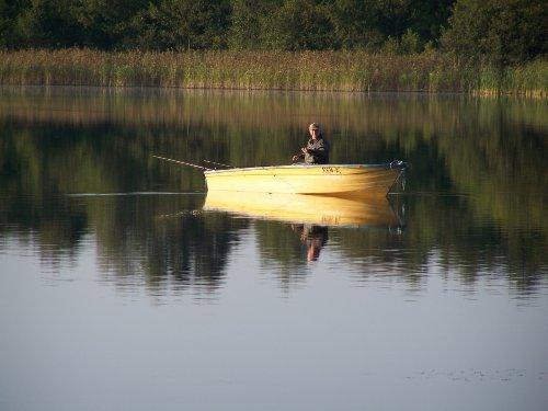 Angler m.hauseigenem Boot u. Frischfisch