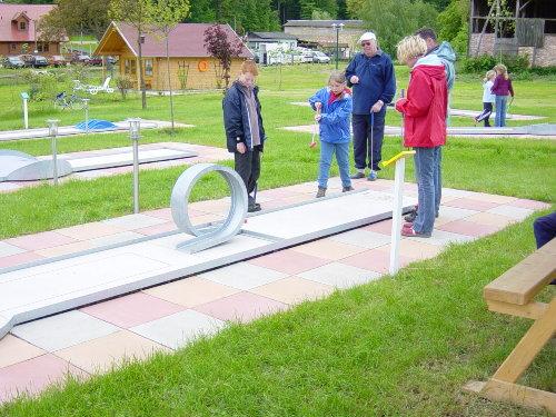 Minigolf, der 3 Generationen - Sport