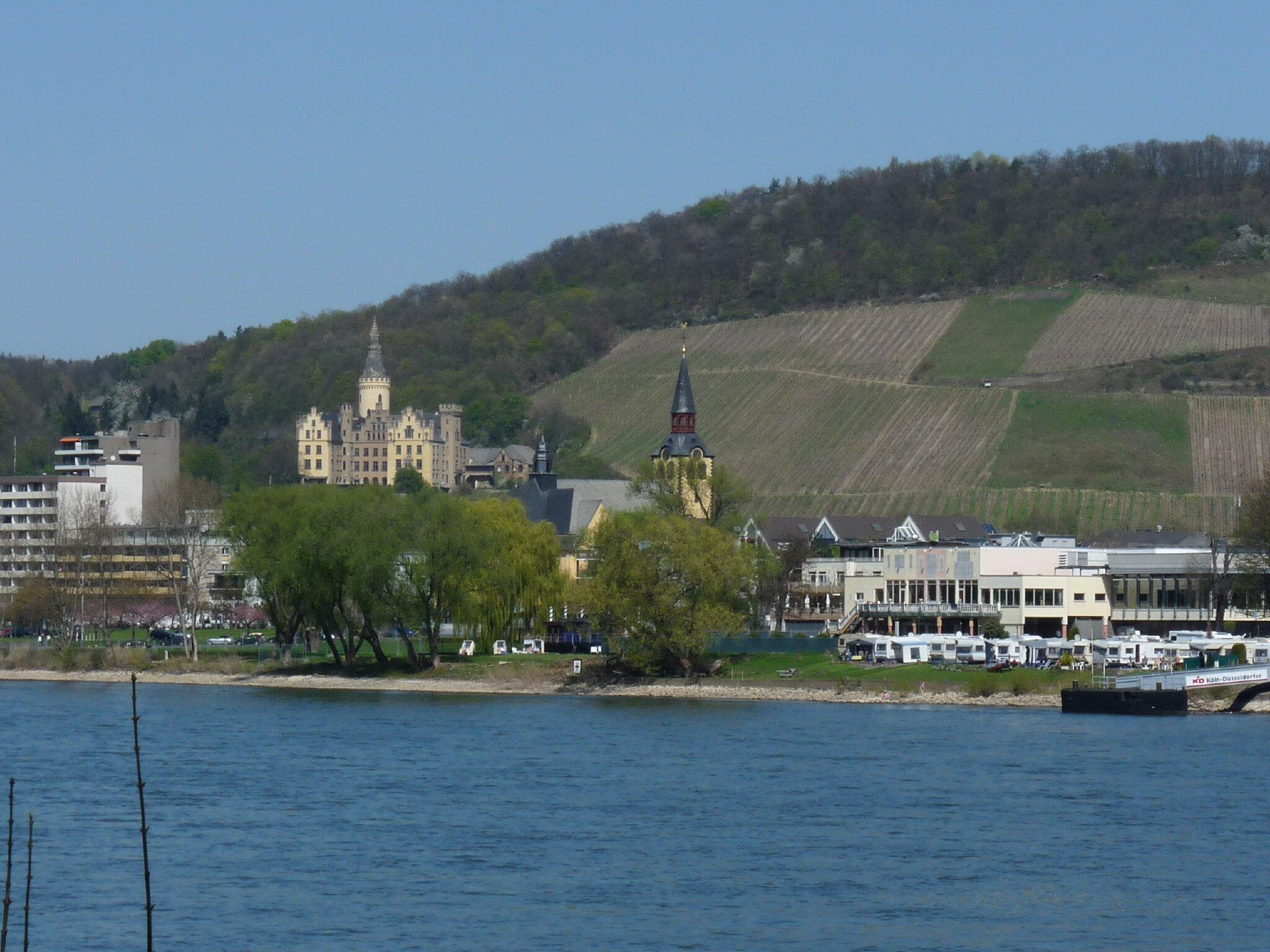 Blick auf Schloss Ahrenfels