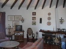 Wohnzimmer obere Wohnung
