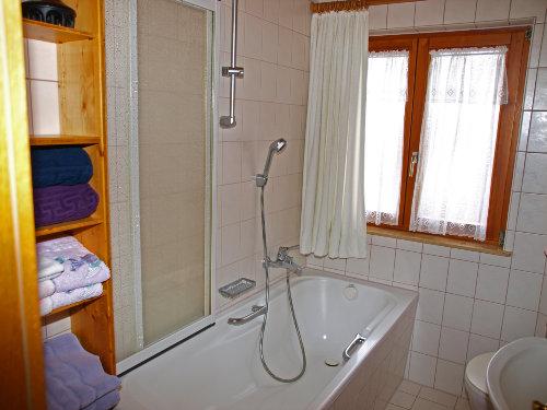 Bad-Dusche und WC