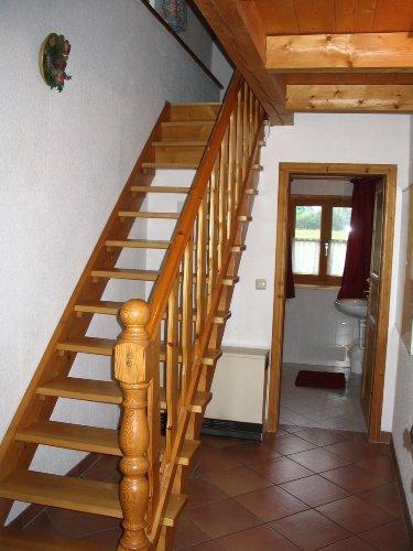 Treppe zu den 2 Schlafzimmern im 1 Stock