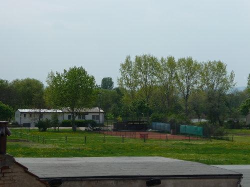 Tennisplatz und Anglerheim/gaststätte