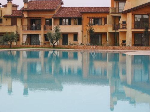 Wohnung vom Pool aus gesehen