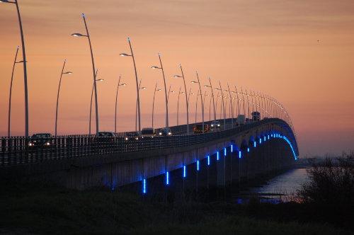 Brücke zum Festland