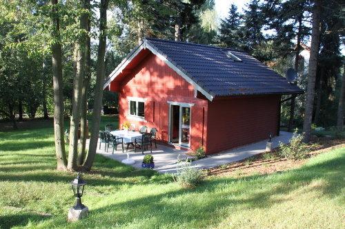 Ferienhaus mit Terrasse und Grill