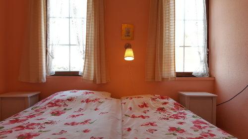 Heimeliges Zweibettzimmer