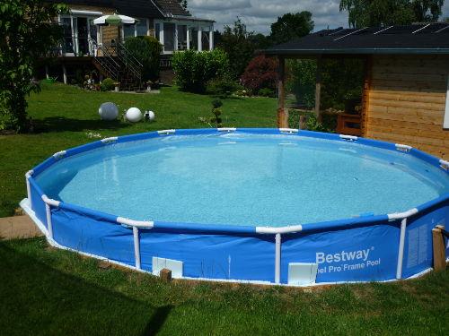 Nur wenige Schritte bis zum Pool