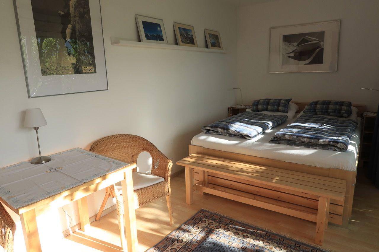 2 - Bett - Zimmer mit Nasszelle