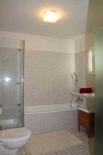 Badezimmer Wanne, Dusche, WC