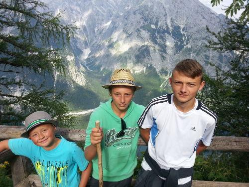 Hohe Berge und saftige Almwiesen ...