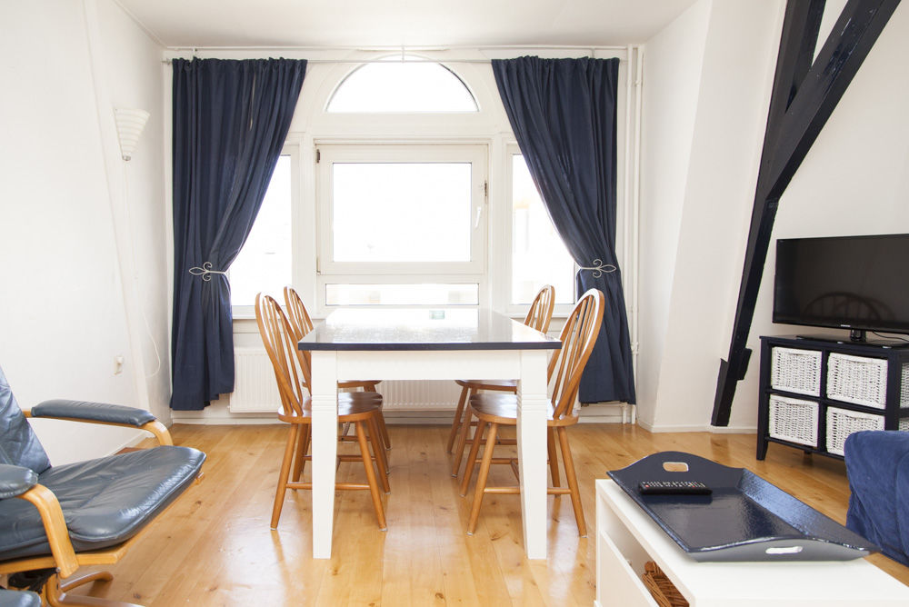 Wohnzimmer App. 2