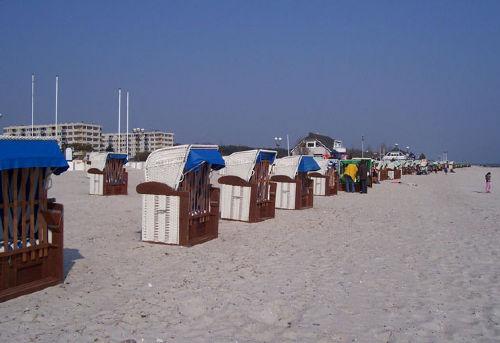 Ferienwohnanlage Hanseat im Hintergrund