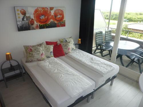 Schlafzimmer 2x 90-200 Blick auf Dünen