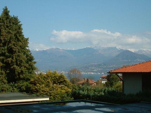 Sicht vom Balkon auf das Gebirge
