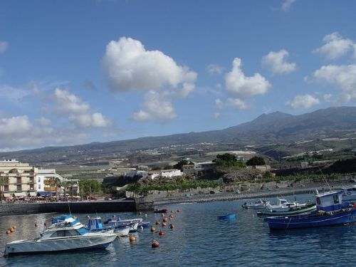 Der Hafen von Playa San Juan