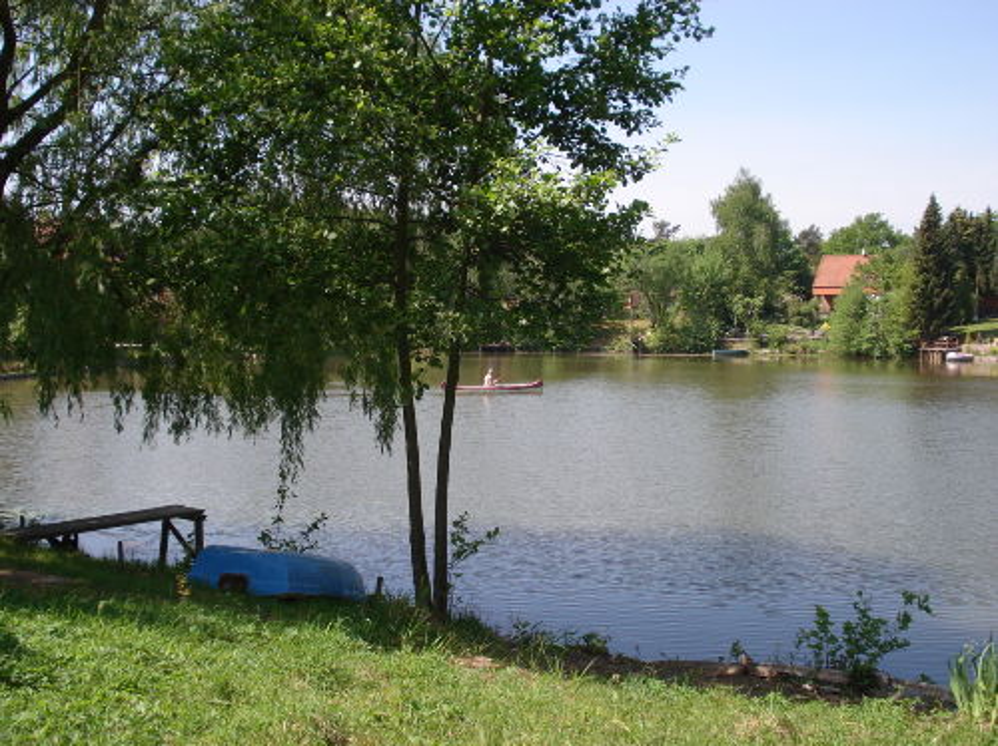 Kleiner Teich direkt am Grundst�ck