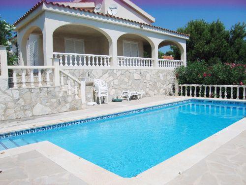Villa Cumbre in 1. Linie zum Strand