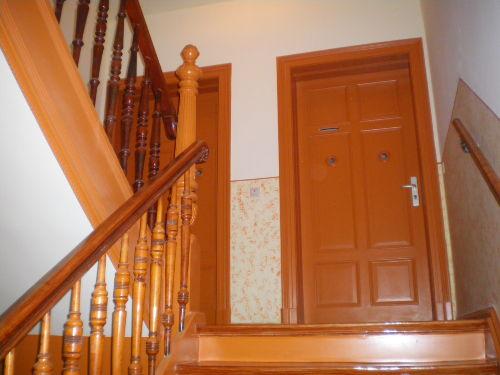 Treppenhaus (3.OG) Wohnungseingangstüren