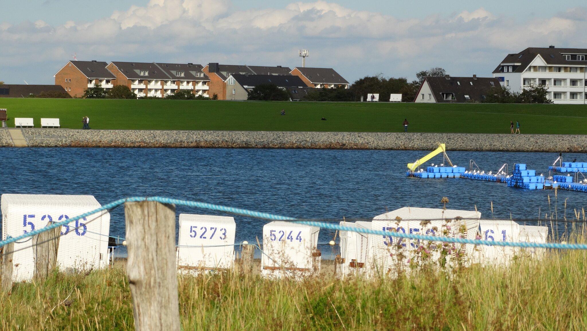 Surfschule B�sum