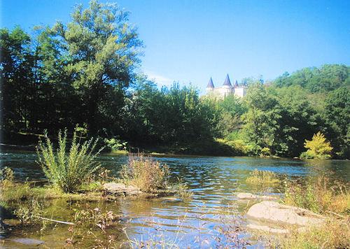 Blick auf das Schloss Chambonas