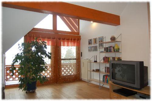 Studio mit Blick zum Balkon