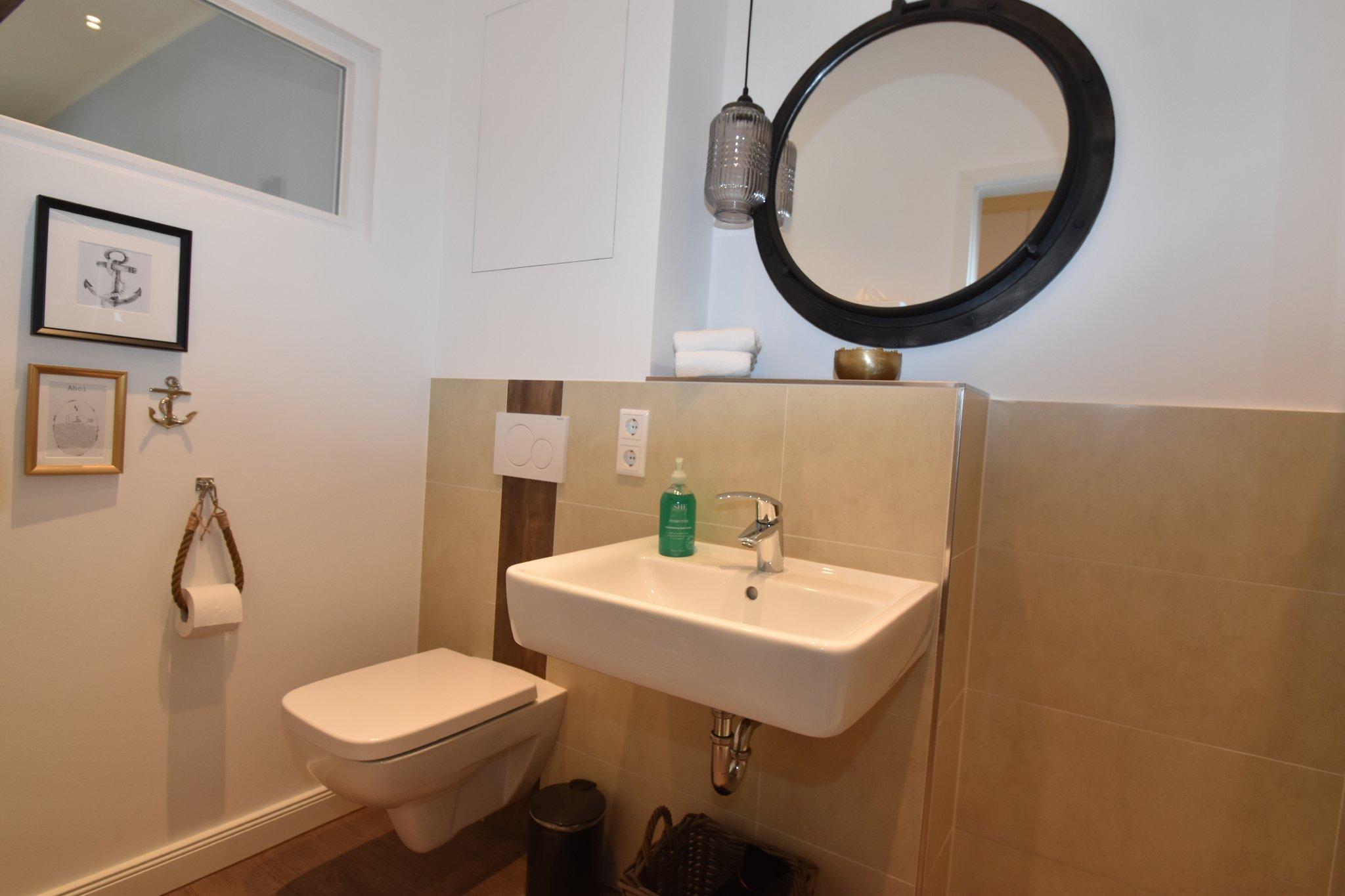 Modern eingerichtetes Ein-Raum-Apartment