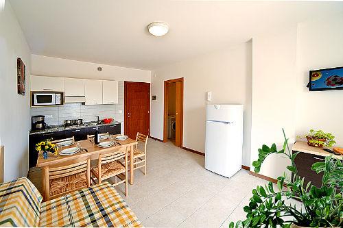Wohnzimmer+Kochnische