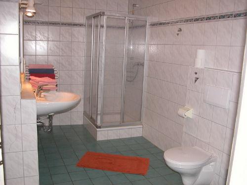 Sanit�reinrichtungen der Fewo 2