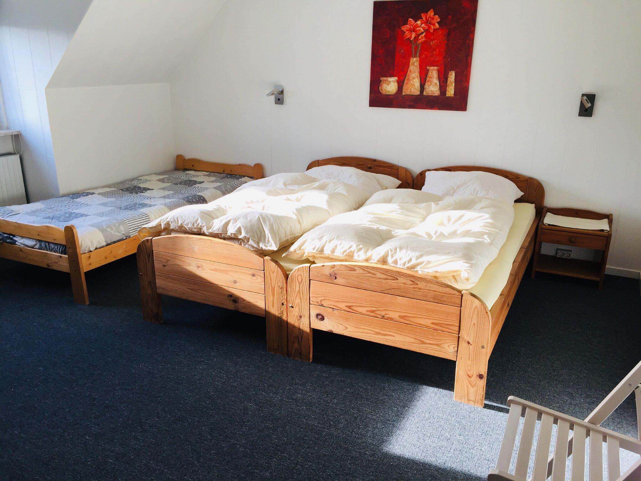 Schlafzimmer gr. FeWo (Beispiel)
