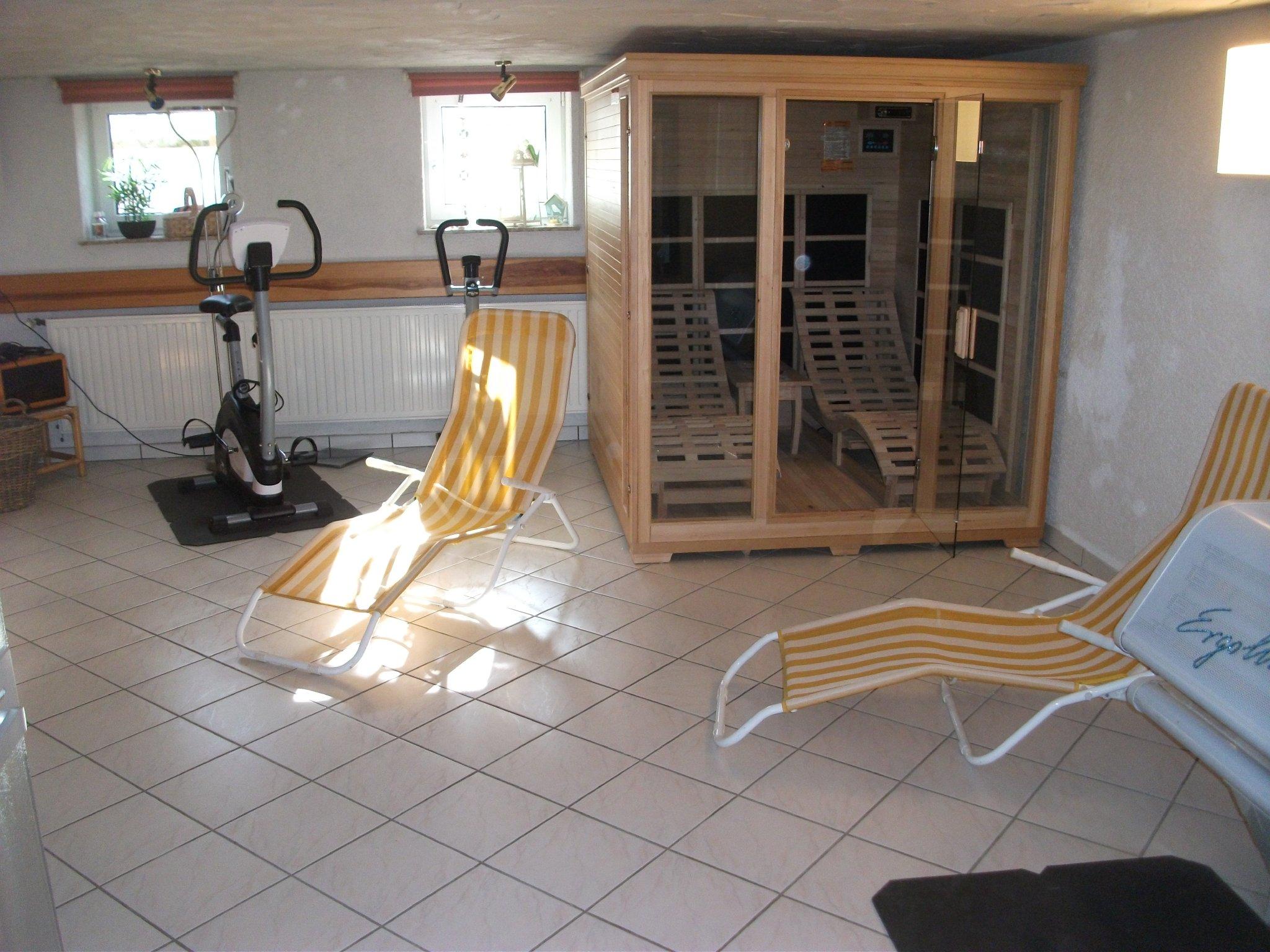 Fitnessraum Sauna Solarium