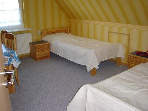 ..das Zimmer mit den beiden Einzelbetten