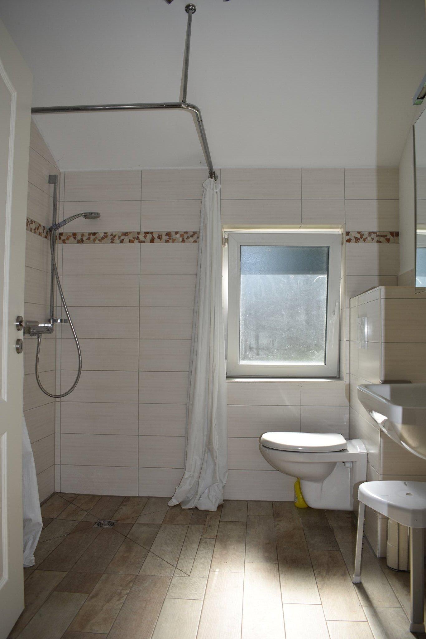 Schlafzimmer mit DB Parterre