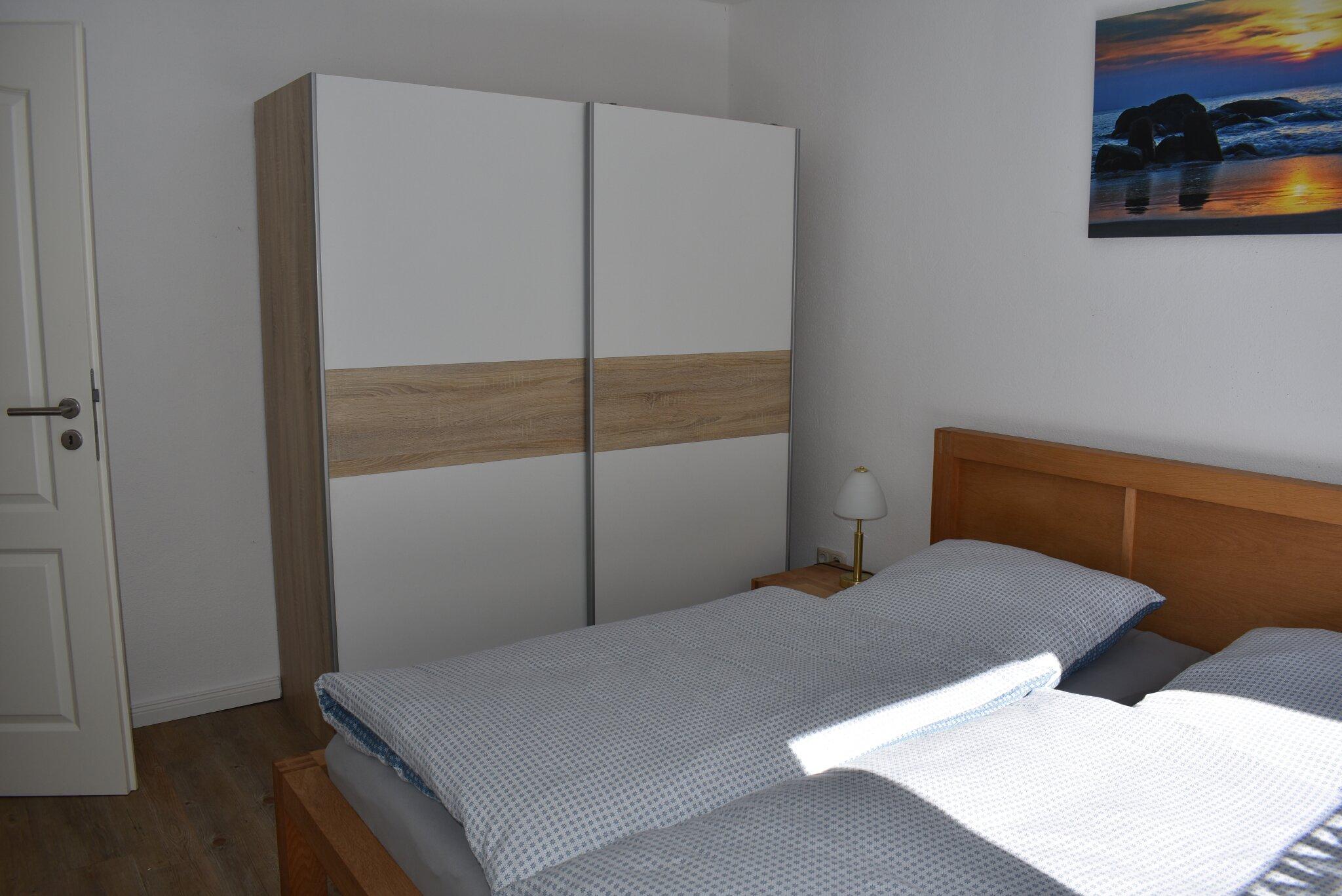 Schlaf-Wohnr�ume u K�che im OG mit 1 DB