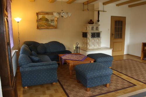 Wohnzimmer EG - Couch, Kachelofen