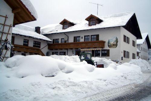 Winterbild Ferienhof Schon