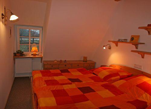 Schlafzimmer mit Blick zur Förde