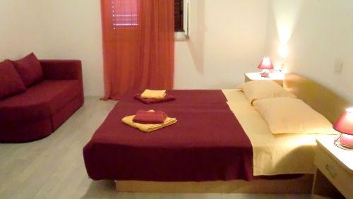 Apartment HANNI, das rotes Zimmer