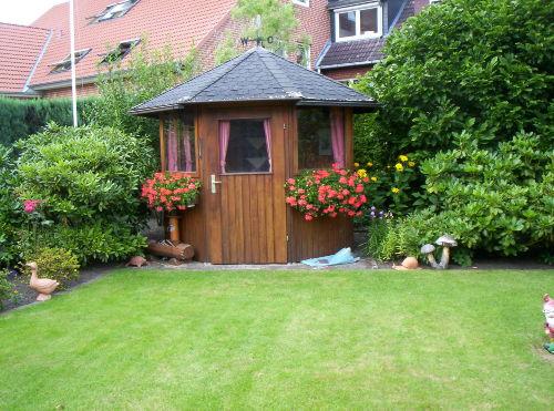 Gartenanlage mit Grillmöglichkeit