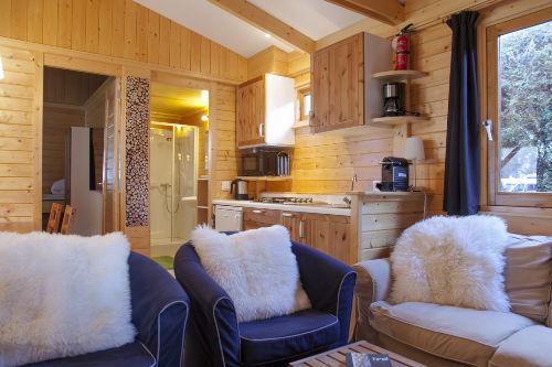 Blockhaus Aifnerblick, Wohnraum u Küche