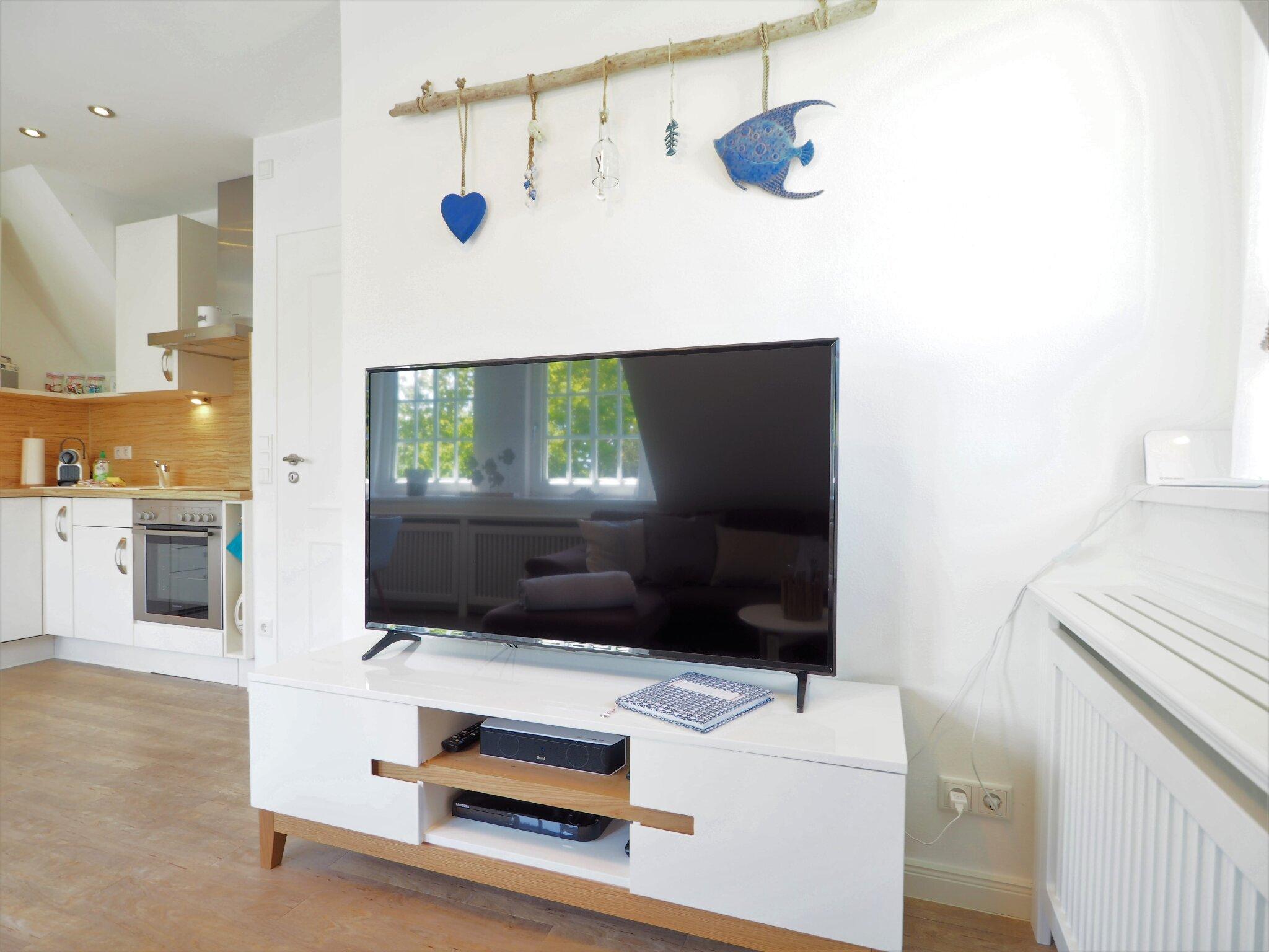 Bequeme ausziehbare Couch (140x200cm)