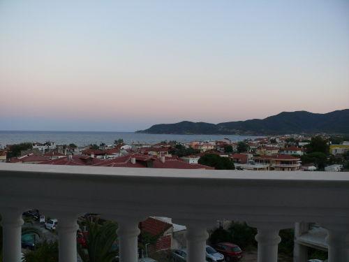 Blick vom Balkon in der Abendstimmung