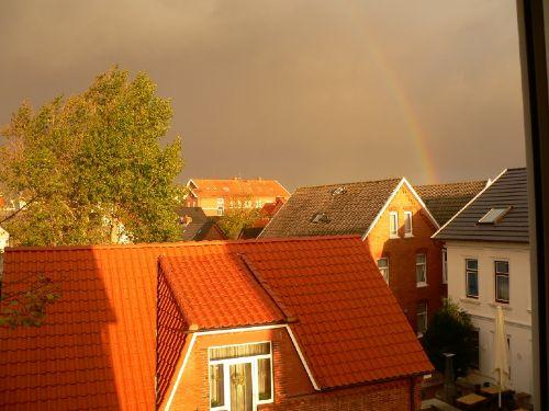 Nordseepanorama mit Regenbogen