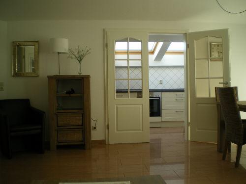 Übergang vom Wohnraum zur Küche
