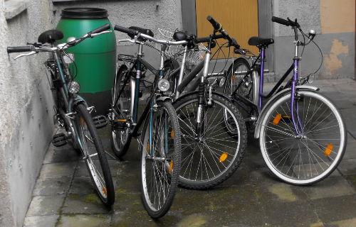 Kostenloses Benutzen der 4 Fahrräder