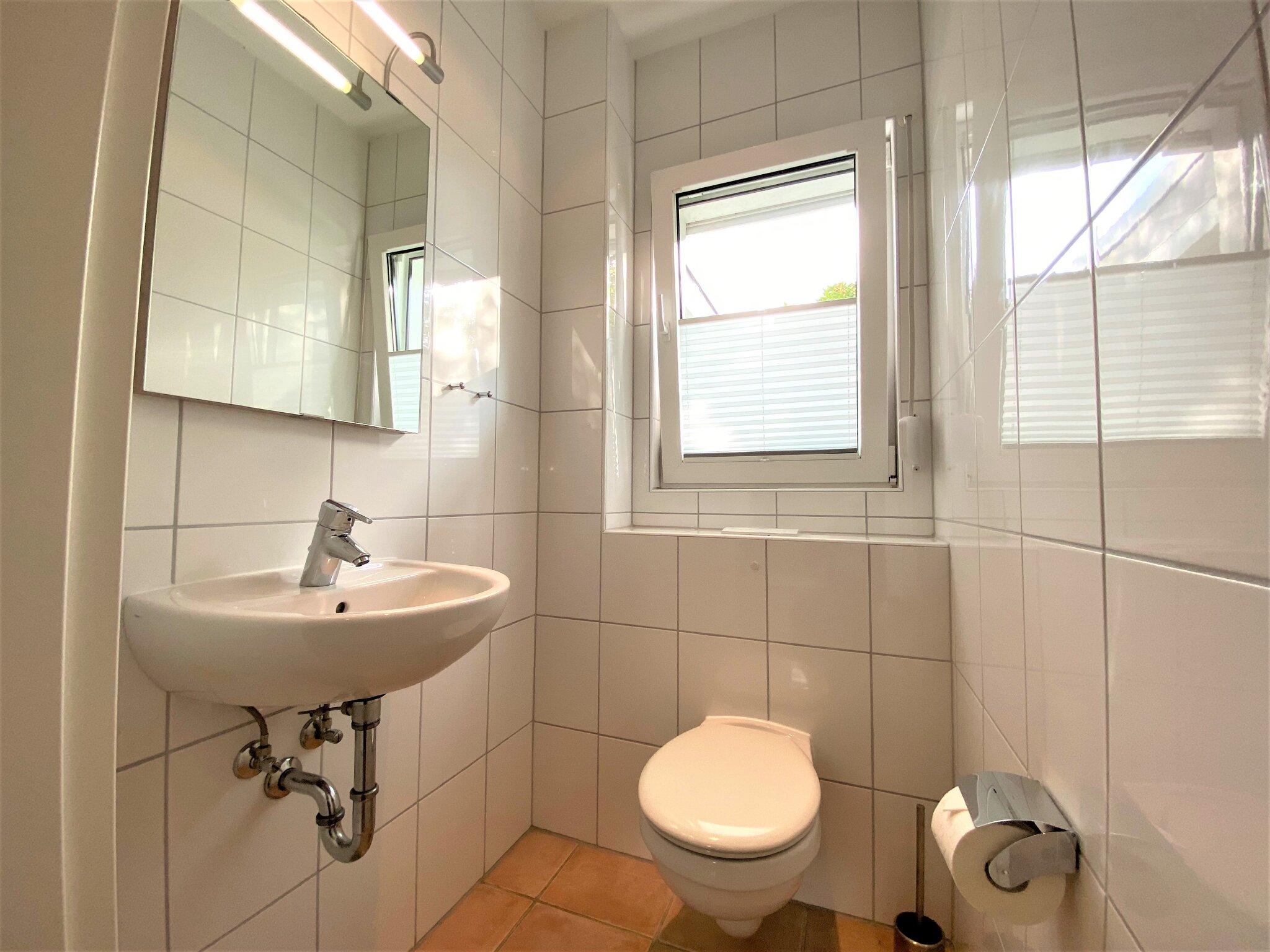 Das Gäste-WC mit Tageslicht