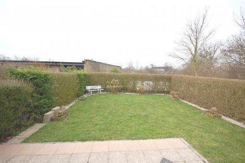 Privater Garten mit Terrasse