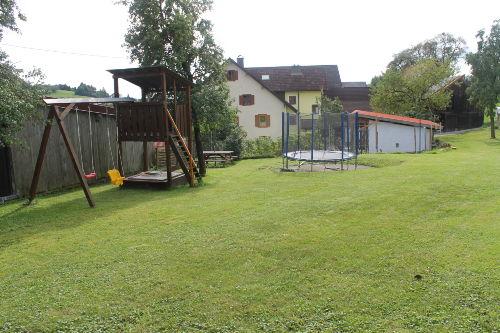 Garten, Spiel/Liegewiese